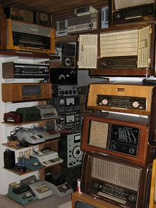 radio_small_4.jpg (18961 Byte)